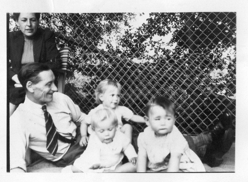 Kenneth, Margaret, Jennie & Caroline